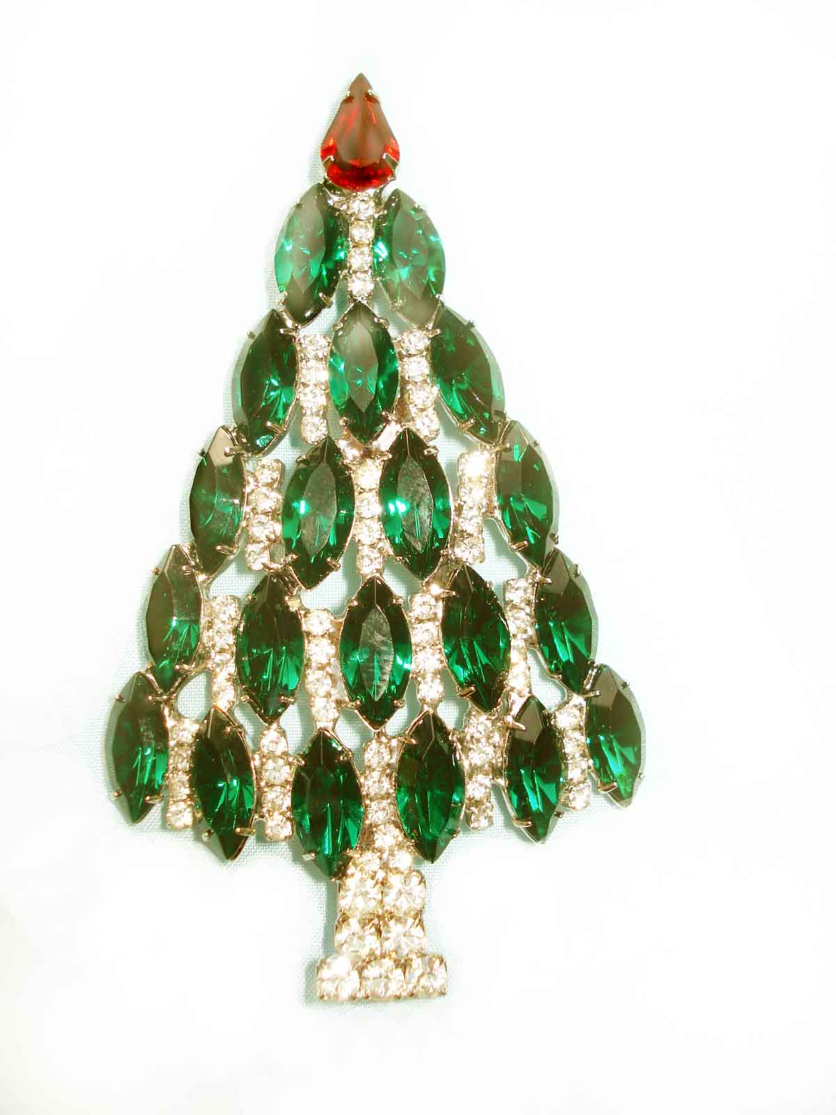 Adorn-Jewels-Adelaide-Jeweller-Custom-Manufacture-Enagagement-Rings-Wedding-Rings