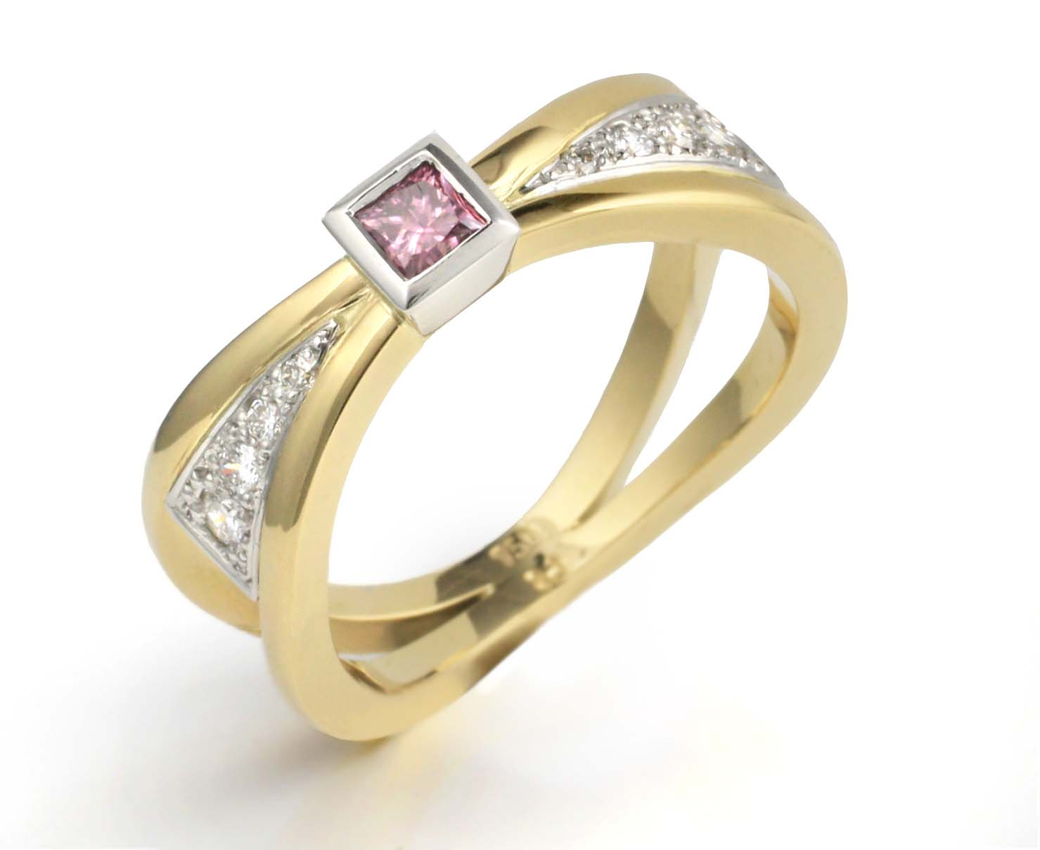 pink diamond ring Adorn Jewels Adelaide jewellery jewelry handmade online jewellery pink diamonds pink sapphire princess cut diamond