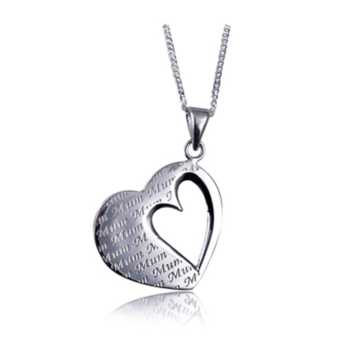 Heart Mum engraved Pendant
